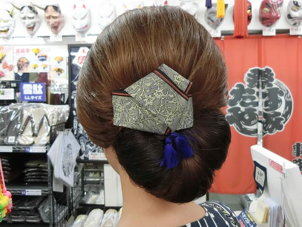 祭り女子 祭りヘア ヘアスタイル ヘアアレンジ 畳 畳の縁 へり リボン