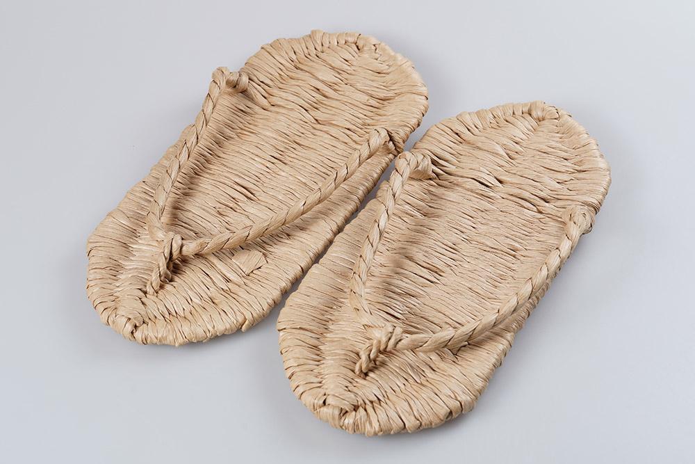 二 足 の 草鞋 の 由来